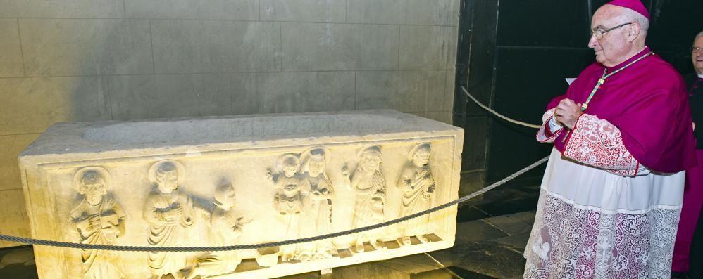 Como, un gioiello di arte sacra. L'antico sarcofago donato alla Cattedrale
