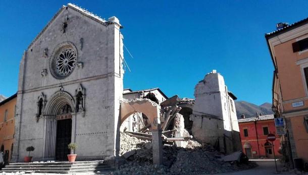 Terremoto:intesa Ministero-Cei su chiese