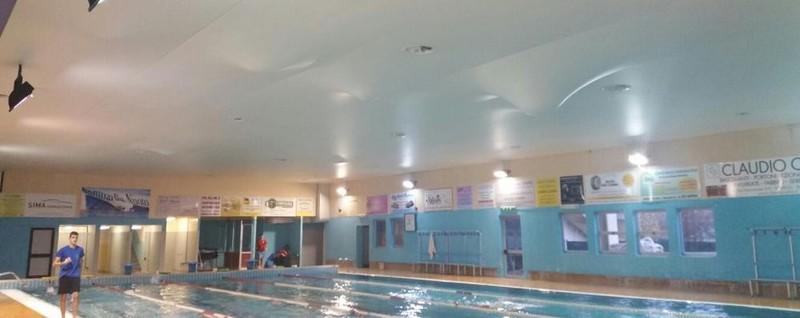 Il tetto si gonfia d acqua in piscina arrivano i pompieri olgiate e bassa comasca olgiate comasco - Piscina olgiate comasco ...