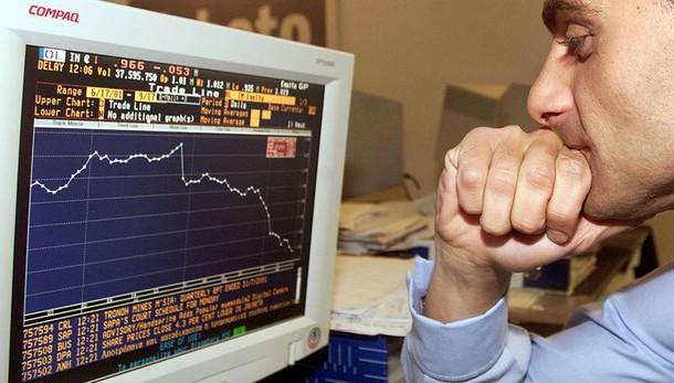 Borsa: Milano apre in calo, -0,31%