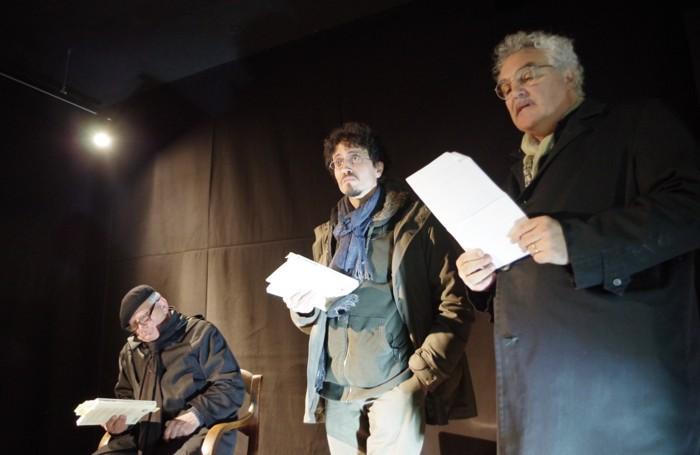 Da sinistra: Vito Trombetta e Pietro Berra in un recital con Massimo Bubola