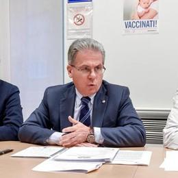 Vaccini, allarme per i bimbi di Como: «Siamo sotto la soglia di pericolo»