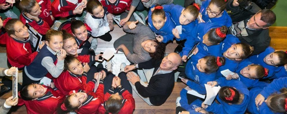Jury Chechi a Fino Mornasco  «Oasi felice della ginnastica»