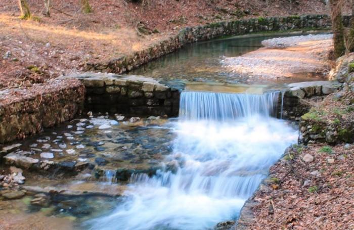 Un altro tratto del torrente Cosia sui monti di Albese