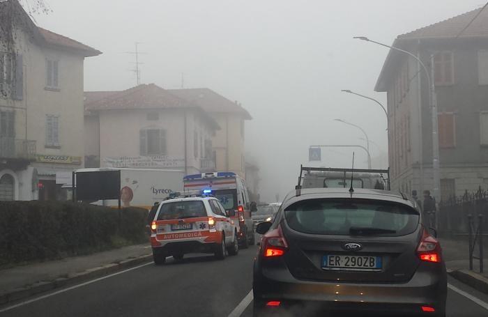 Soccorritori in via Vittorio Emanuele