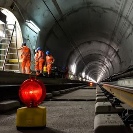 Alptransit, tunnel aperto  La Svizzera fa festa  E noi restiamo indietro