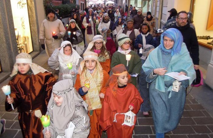 La sfilata in via Matteotti