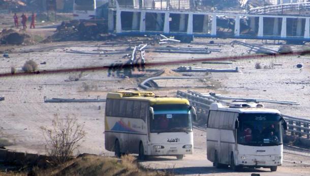 Esercito Siria, controlliamo Aleppo
