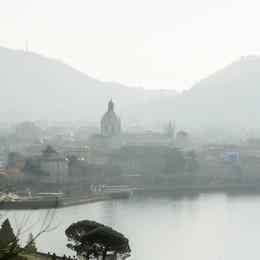 Primi divieti anti inquinamento  Como, stop ai veicoli diesel Euro3