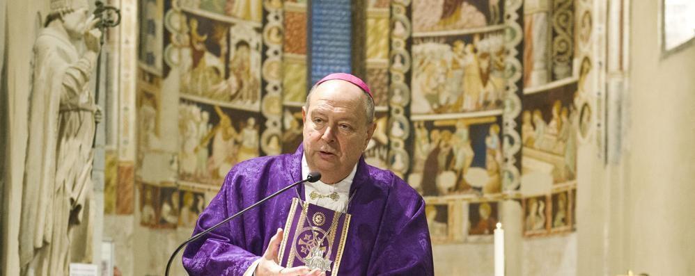 Vescovo, Natale con gli ultimi  In carcere e a tavola con i poveri