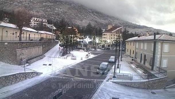 Allerta vento forte e neve al Centro-Sud