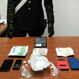 Vende cocaina a Bregnano  Fermato spacciatore