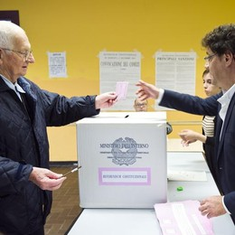Referendum, Como boccia Renzi  No al 59% in provincia, al 52% in città  Affluenza - 73,25% DATI