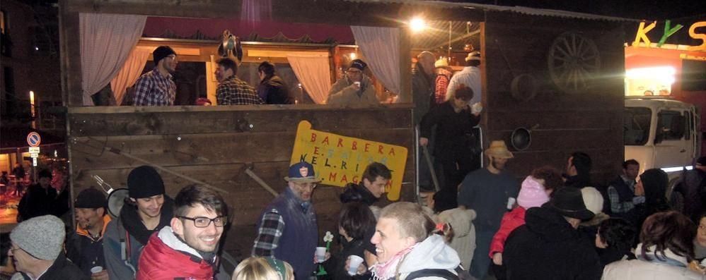 Cantù, sì  al Carnevale dei Magnan  Ma senza alcol, bottiglie e ruspe