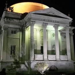Il Tempio Voltiano ha ritrovato la luce