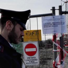 Troppi pericoli, cantiere edile sequestrato a Fino