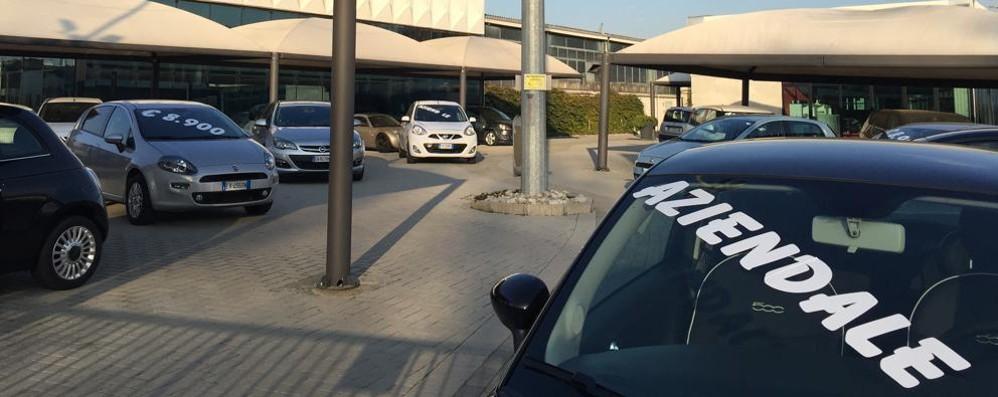 Contachilometri truccati su auto usate  Sotto inchiesta altre due concessionarie