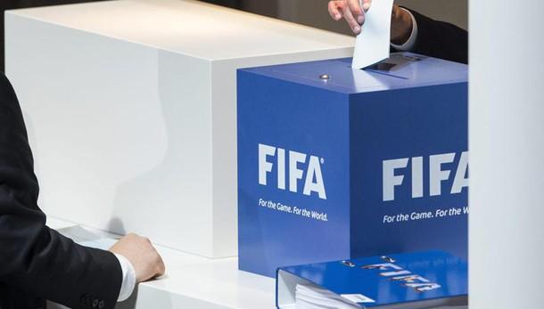 Presidenza Fifa: a vuoto il primo voto