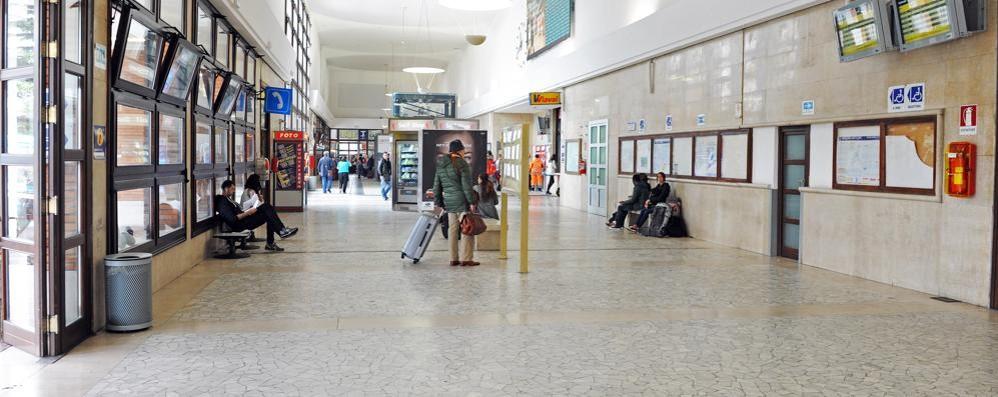 Profughi, vertice in prefettura «La stazione chiusa di notte»