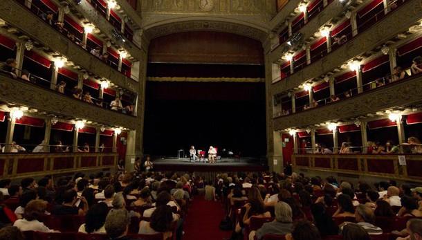 Teatro Valle ora è patrimonio del Comune