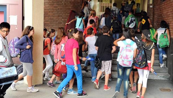 Scuola: concorso, 200 mila candidati
