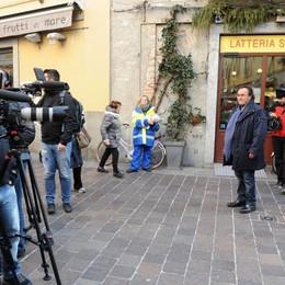 Como il cantante Albano Carrisi in città per girare una puntata del programma Rai Così lontani Così vicini