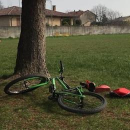 Balotelli si è scordato della sua Limido  Ultimo appello del parroco per il campo