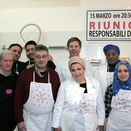 Cantù, chef Rossi con gli allievi dell'Enaip  Menù da vip per la mensa di solidarietà