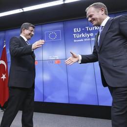 Migranti, Tusk cauto su intesa Turchia