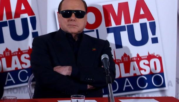 Berlusconi, coalizione anti Isis
