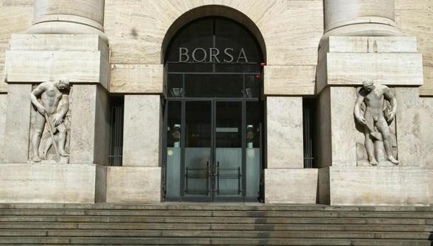 Borsa Milano in calo, Ftse Mib -1,61%