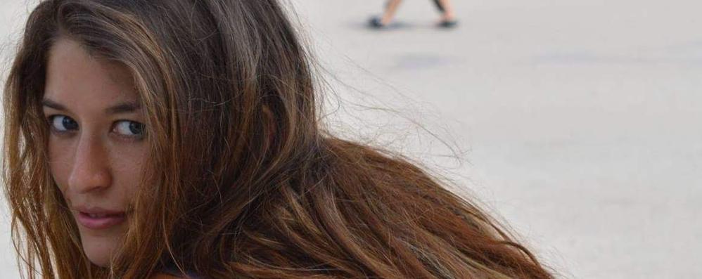 Ragazza erbese inneggia al Pkk Fermata a Istanbul dalla polizia
