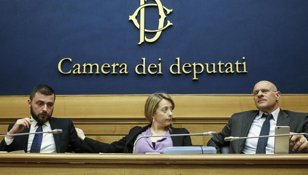 Roma: FdI, se vinciamo Acea più forte