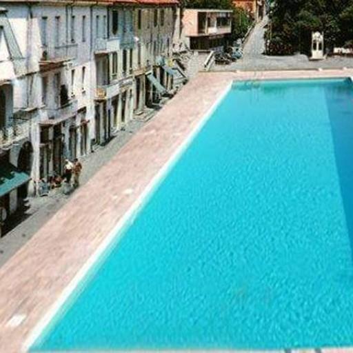 Appiano una piscina in piazza il progetto spopola sul web olgiate e bassa comasca appiano gentile - Piscina olgiate comasco ...