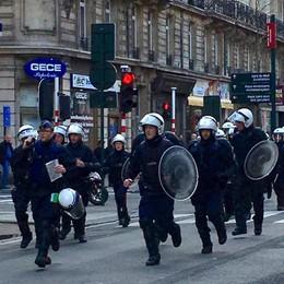 Bruxelles: incidenti hooligan, polizia