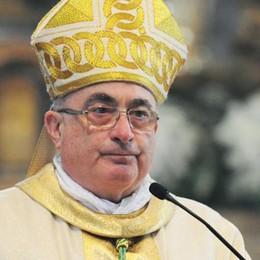 Il vescovo per la Pasqua  «Solo l'amore vince la morte»