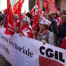 Criticano il direttore perché lavora tanto  La Cgil: «Sono solo pseudo sindacalisti»
