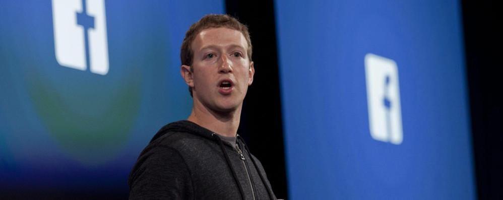 L'ultima novità di Facebook  Apre le dirette video a tutti