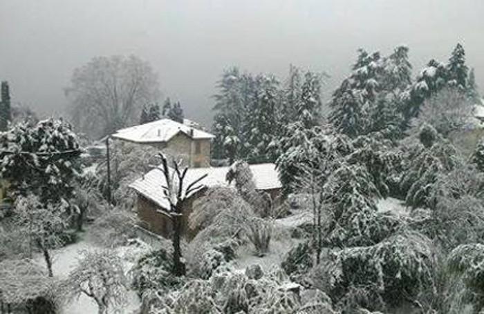 Neve a Mezzegra foto di giorgina fraquelli