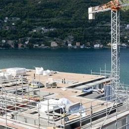 Il lago di Como fa sognare i vip   Apre un altro cinque stelle