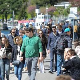 In migliaia sul Lario per il ponte  Villa Carlotta e Life Electric ok