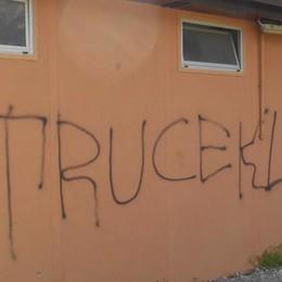 Appiano, i vandali non si fermano mai  Ma adesso arriva la telecamera