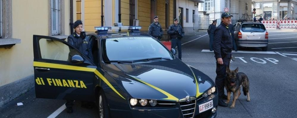 Traffico di droga con il Ticino Blitz a Olgiate Comasco