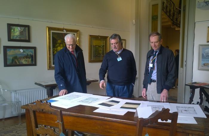 mostra Il Sorriso a Villa Bernasconi presidente al centro Marco Noseda