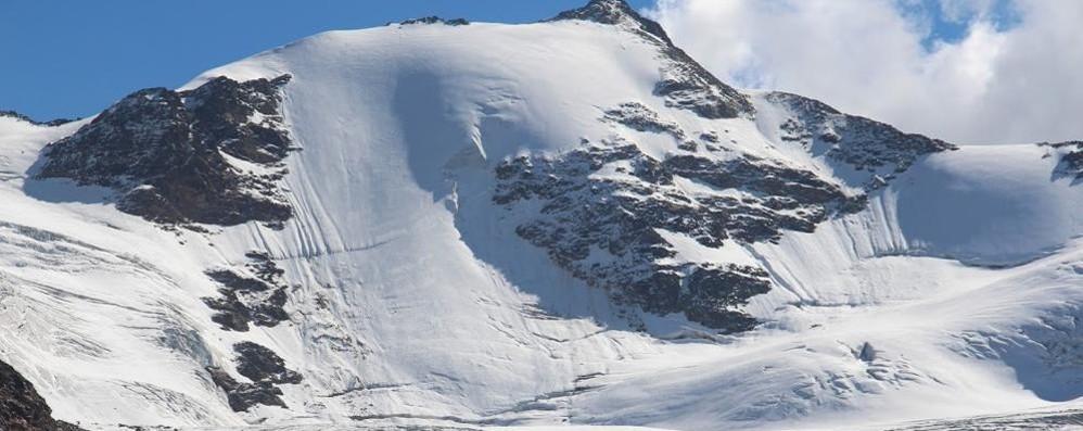 Quei batteri che stanno uccidendo il ghiacciaio dei  Forni