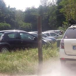 Lido, il parcheggio verrà chiuso  Raccolta firme a Montorfano