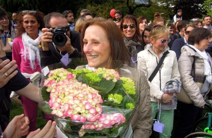 ERBA - SALUTO A SORPRESA ALLA MAESTRA LUCIA MAURI IN PENSIONE - FESTA AL PARCO MAJNONI