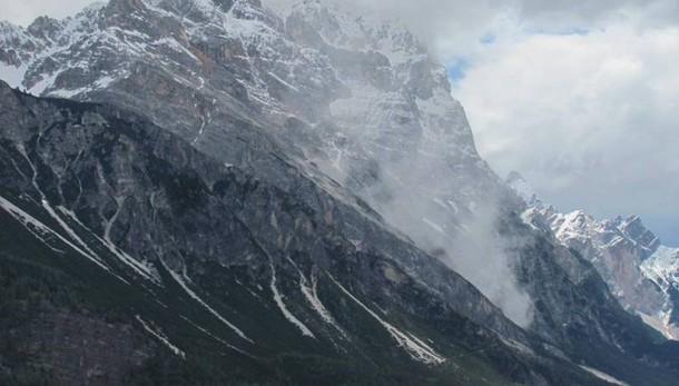 Distacco dal Sorapis, boato a Cortina