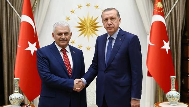 Turchia: Yildirim incaricato premier