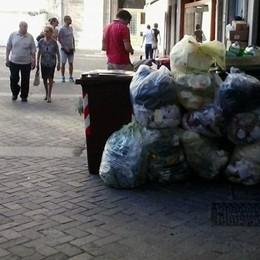 Como, rifiuti e movida  Basta un po' di buon senso